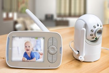 How These 10 Best Baby Monitors Secure Your Baby in 2020